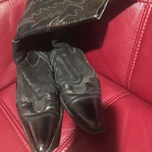 GENUINE LEATHER COWBOY BOOTS!